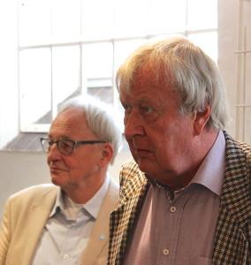 Artikelförfattaren Alf Elmberg till höger i bild. Till vänster en annan av deltagarna vid seminariet i Jonsered, Gunnar Westberg.