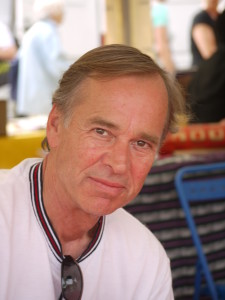 Björn Larsson framträder i Harry Martinson-sällskapets regi under bokmässan i Göteborg. Foto: Wikipedia.