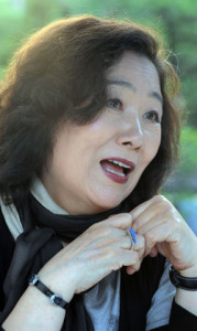 Moon Chung-hee. Cikadapristagare år 2010.