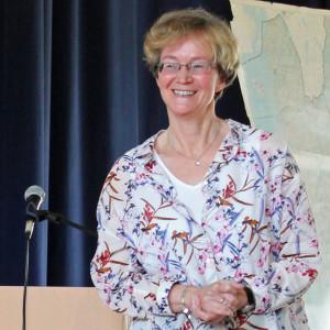Ellen Mattson efter framträdandet i Ljungskile 9 maj 2015. Foto Ingemar Lönnbom.