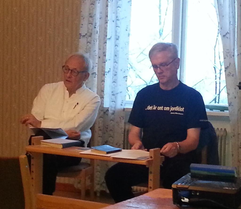 Gunnar Westberg och Åke Widfeldt samtalar om Aniara och dagens kärnvapenhot.